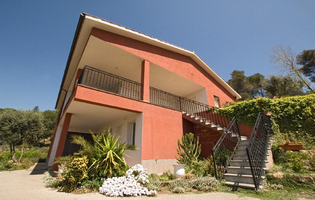 Casa en venta en Seva, Barcelona, Avenida Joan Miro, 366.500 €, 5 habitaciones, 3 baños, 410 m2