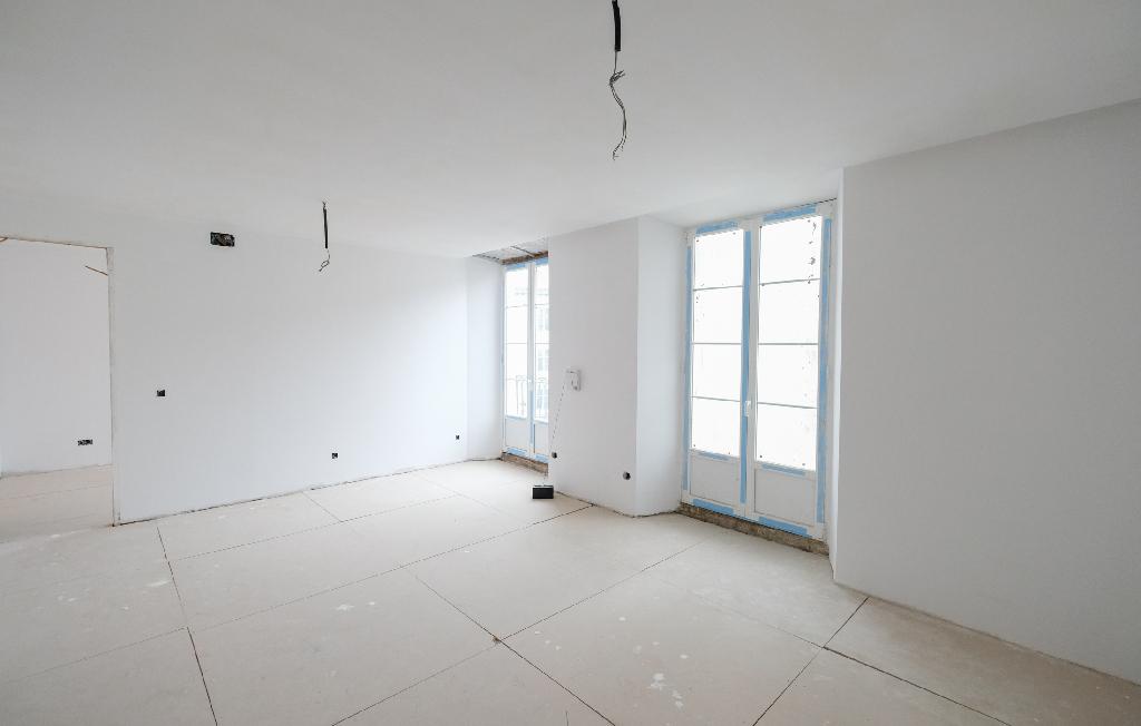 Piso en venta en Burgos, Burgos, Calle Llana de Afuera, 148.500 €, 1 habitación, 1 baño, 189 m2