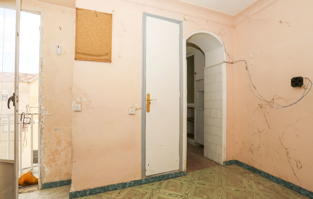 Piso en venta en Alcoy/alcoi, Alicante, Calle Caramanxel, 31.000 €, 1 habitación, 1 baño, 68 m2