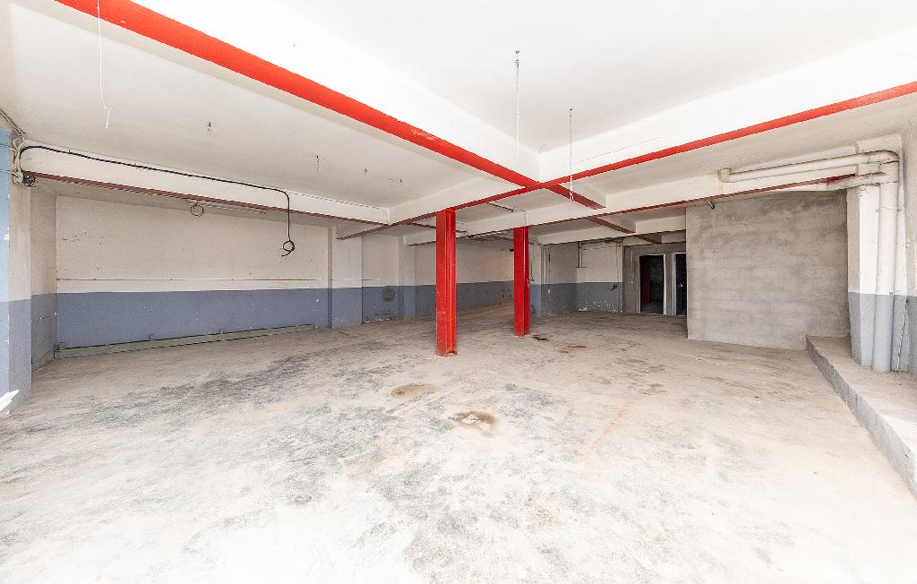 Local en venta en Sant Antoni de Llefià, Badalona, Barcelona, Calle Sant Frederic, 104.000 €, 315 m2