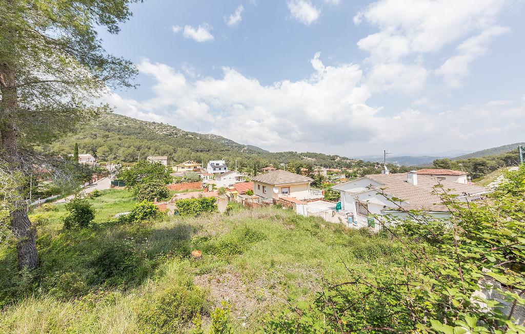 Casa en venta en Canyelles, Barcelona, Calle Daroca, 62.000 €, 2 habitaciones, 1 baño, 60 m2