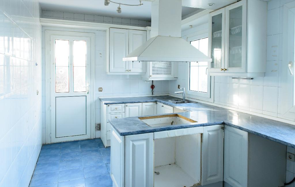 Casa en venta en El Casar, Guadalajara, Calle Rio Torote, 204.000 €, 3 habitaciones, 2 baños, 182 m2