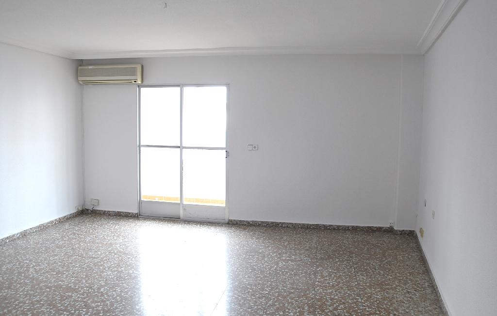 Piso en venta en Molina de Segura, Murcia, Calle Tirso de Molina, 49.500 €, 3 habitaciones, 1 baño, 104 m2