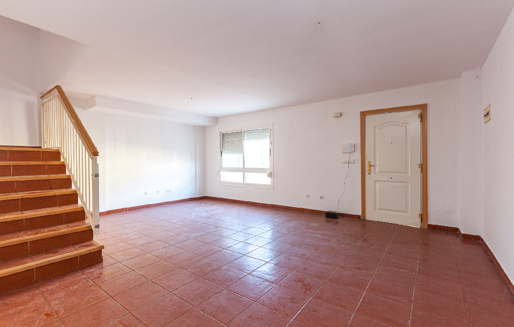 Casa en venta en Murcia, Murcia, Avenida Juan Carlos I, 157.500 €, 3 habitaciones, 3 baños, 151 m2