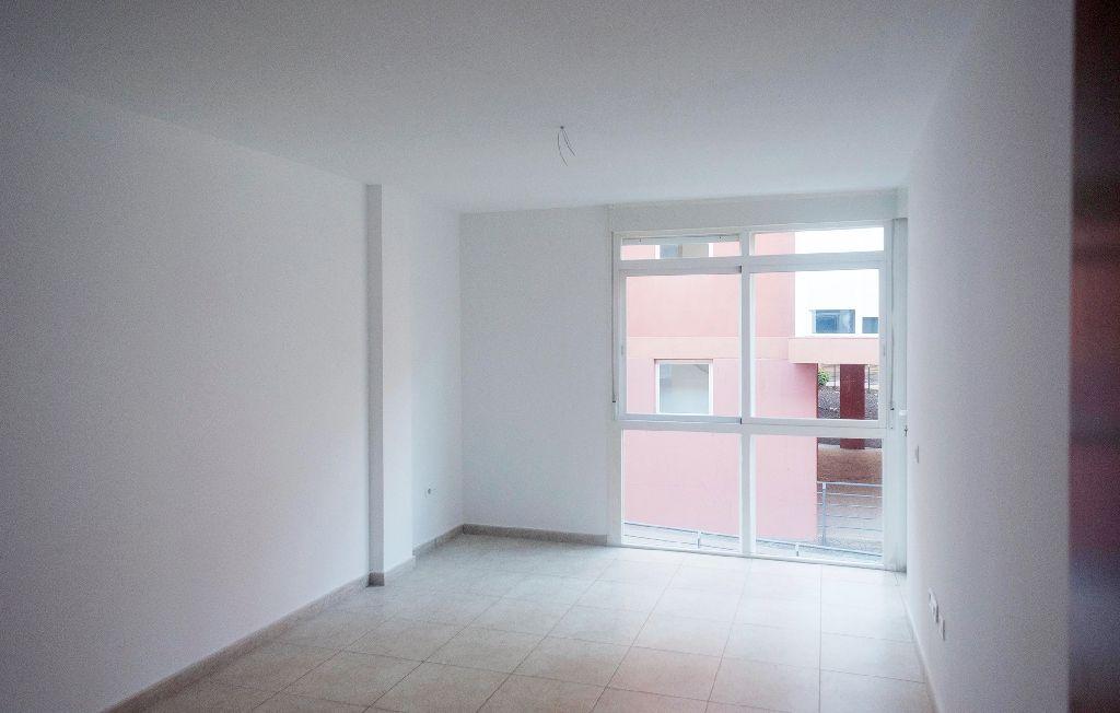 Piso en venta en Cabo Blanco, Arona, Santa Cruz de Tenerife, Calle Albariza, 111.500 €, 2 habitaciones, 2 baños, 108 m2