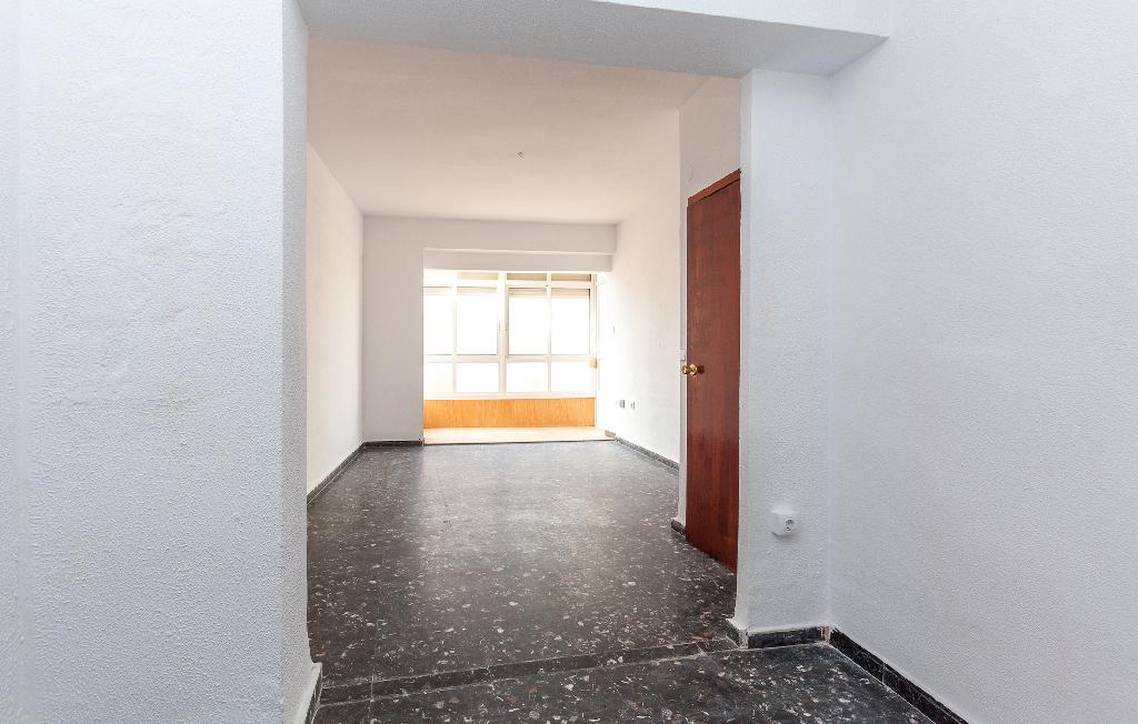 Piso en venta en Cartagena, Murcia, Calle Saura, 86.000 €, 3 habitaciones, 1 baño, 79 m2
