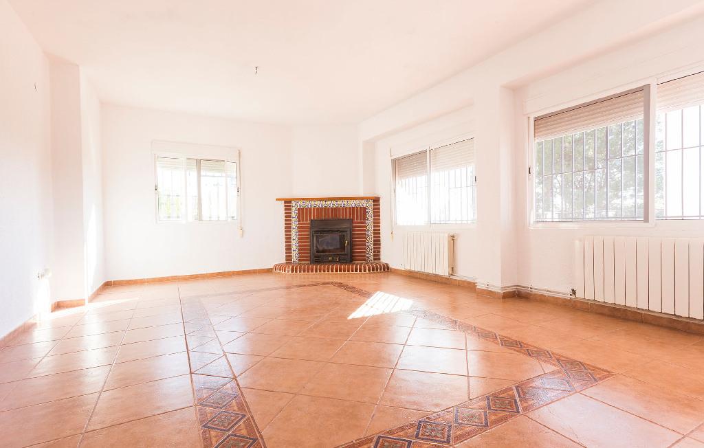 Casa en venta en Llíria, Valencia, Calle Liebre, 186.000 €, 5 habitaciones, 3 baños, 260 m2