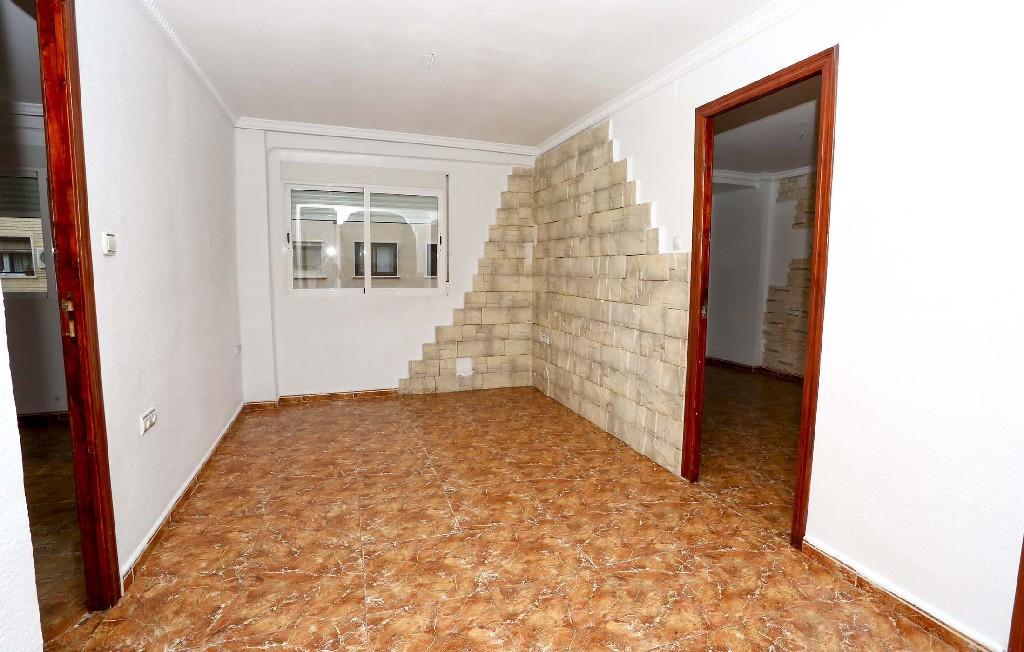 Piso en venta en Valencia, Valencia, Calle Daroca, 57.000 €, 3 habitaciones, 1 baño, 58 m2
