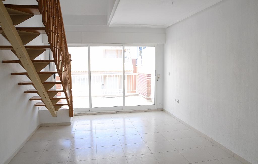 Piso en venta en La Mata, Torrevieja, Alicante, Calle Galeon, 112.000 €, 4 habitaciones, 2 baños, 75 m2