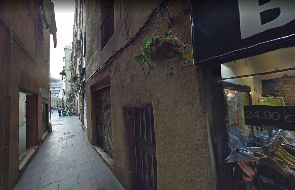 Piso en venta en Ciutat Vella, Barcelona, Barcelona, Calle Giralt El Pellisser, 151.000 €, 1 baño, 28 m2