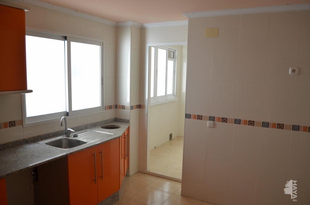 Piso en venta en Piso en Orihuela, Alicante, 125.500 €, 3 habitaciones, 2 baños, 90 m2