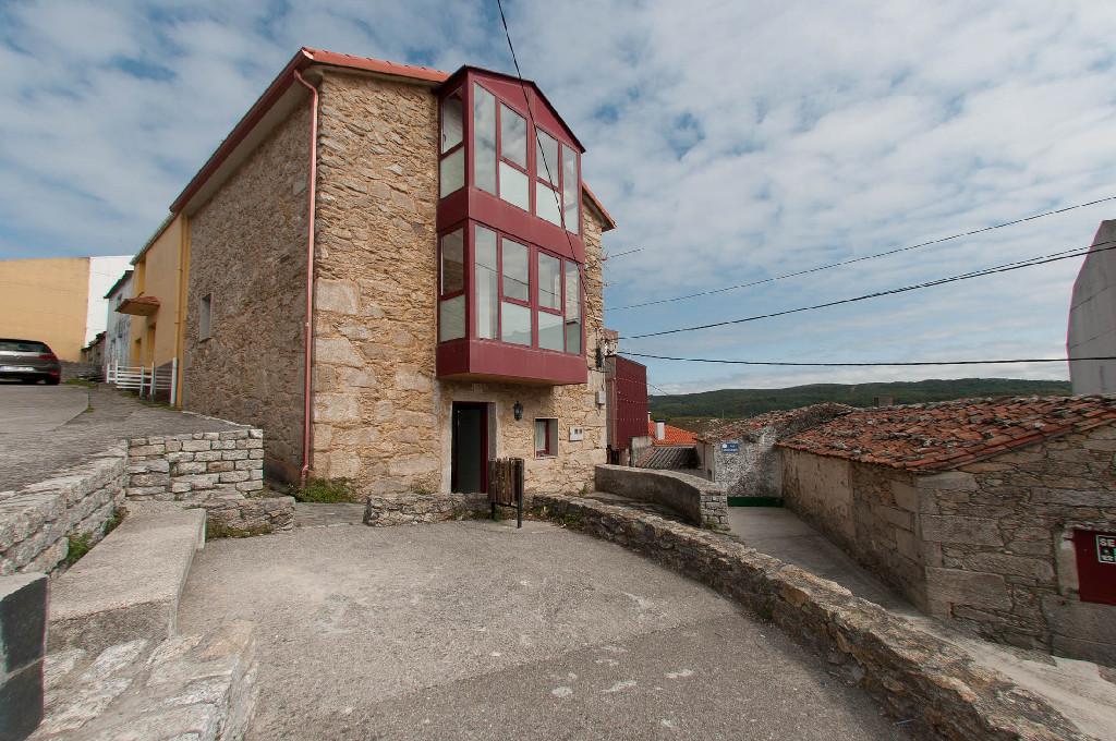 Casa en venta en Ponteceso, A Coruña, Calle Santander, 65.000 €, 3 habitaciones, 1 baño, 126 m2