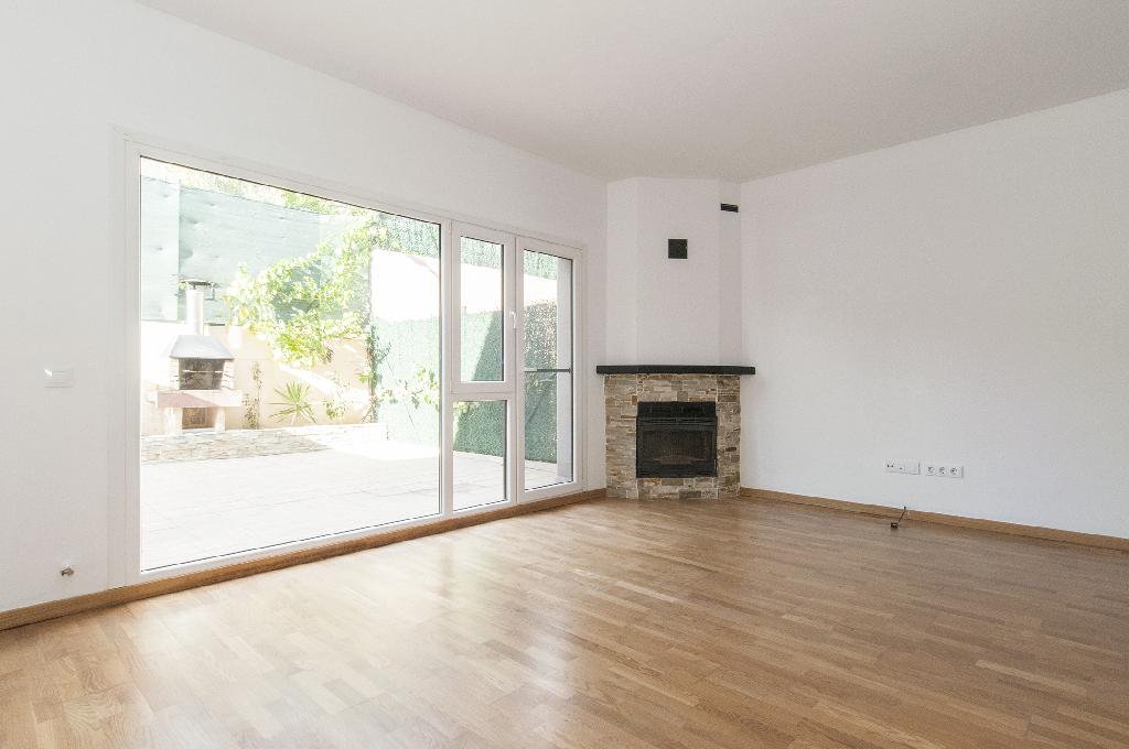 Casa en venta en Biurrun-olcoz, Navarra, Calle San Cristobal, 155.000 €, 3 habitaciones, 3 baños, 223 m2