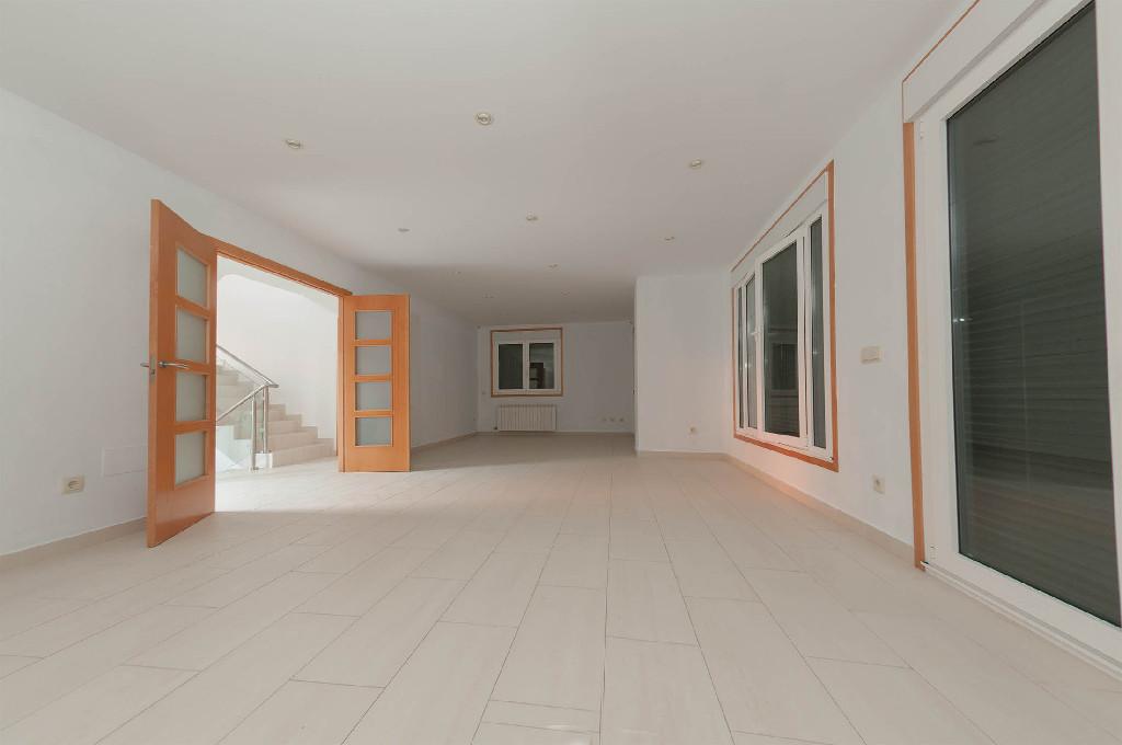 Casa en venta en Oia, Pontevedra, Pasaje del Vilar, 200.000 €, 6 habitaciones, 2 baños, 358 m2