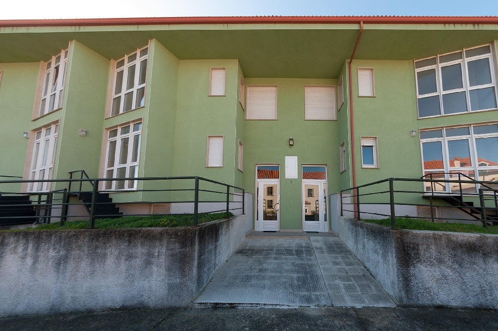 Piso en venta en Fisterra, A Coruña, Lugar Escaselas, 47.000 €, 2 habitaciones, 1 baño, 62 m2