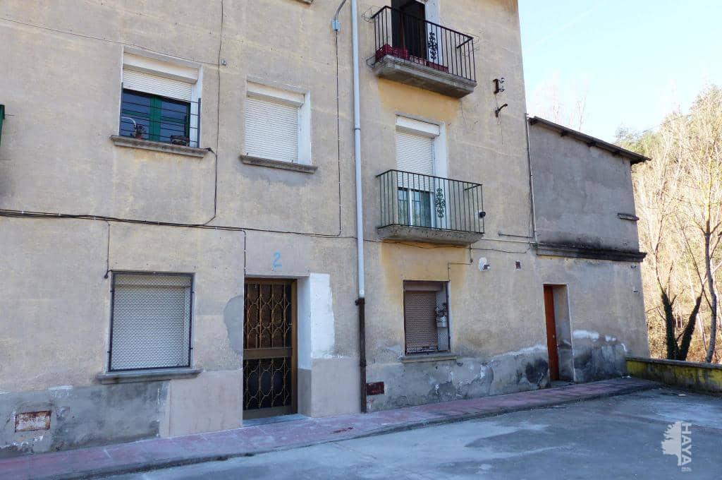 Piso en venta en Ripoll, Girona, Calle Carrera Ribes, 49.100 €, 4 habitaciones, 1 baño, 68 m2