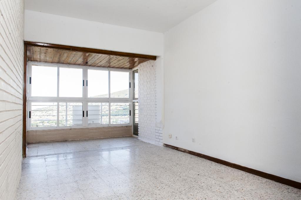 Piso en venta en El Espinar, Segovia, Calle Rio Moros, 30.000 €, 2 habitaciones, 1 baño, 56 m2