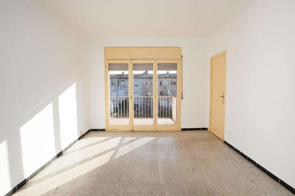 Piso en venta en Calonge, Girona, Calle Sala, 52.500 €, 3 habitaciones, 1 baño, 78 m2