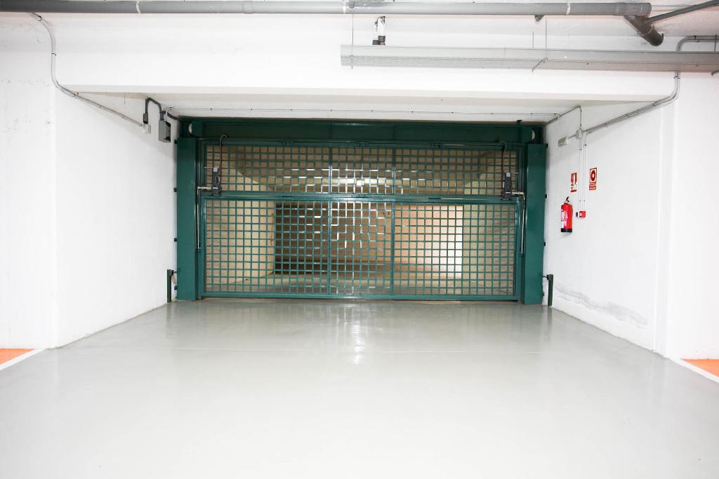 Parking en venta en Palma de Mallorca, Baleares, Calle Raixa, 11.600 €, 24 m2