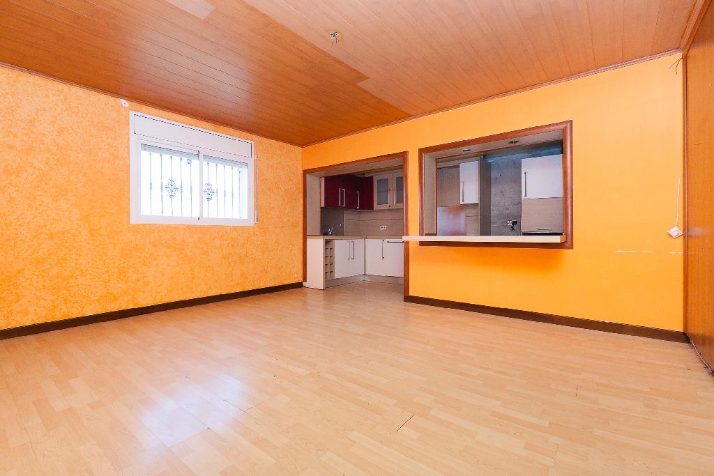 Piso en venta en Malgrat de Mar, Barcelona, Calle Cami del Pla, 95.000 €, 3 habitaciones, 1 baño, 118 m2