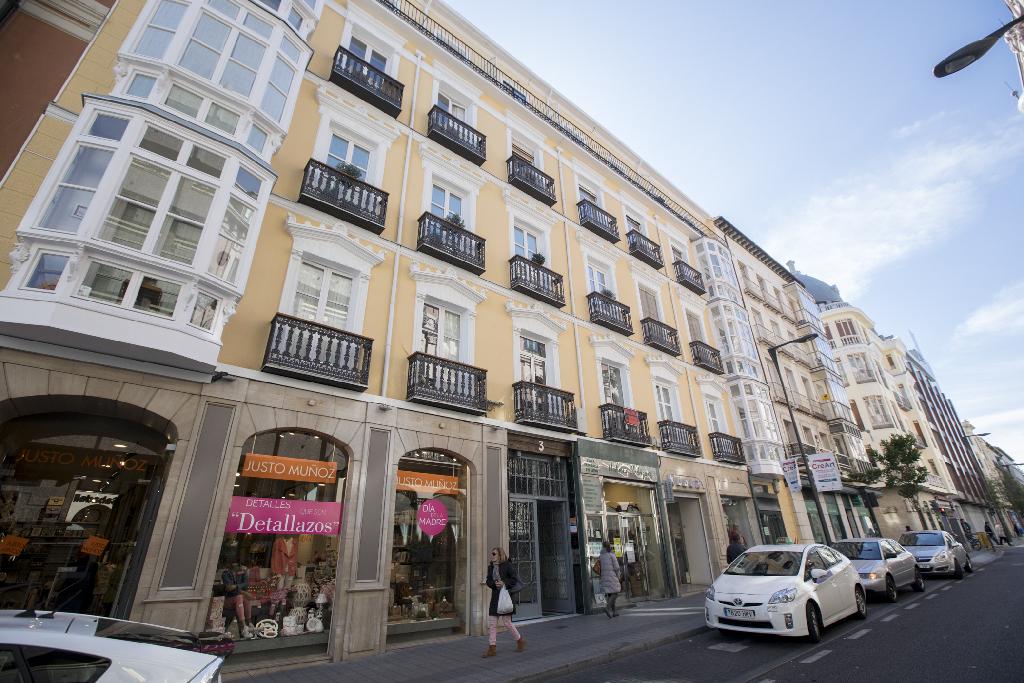 Piso en venta en Valladolid, Valladolid, Calle Duque de la Victoria, 252.000 €, 2 habitaciones, 3 baños, 176 m2