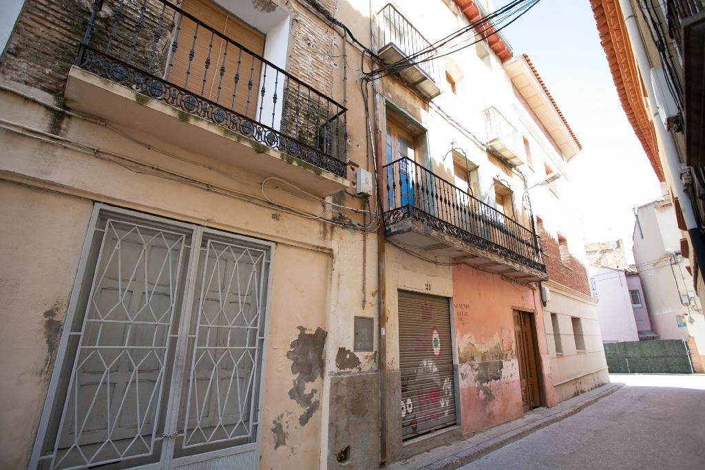 Piso en venta en Sariñena, Huesca, Calle Jose Fatas, 8.000 €, 1 habitación, 1 baño, 50 m2
