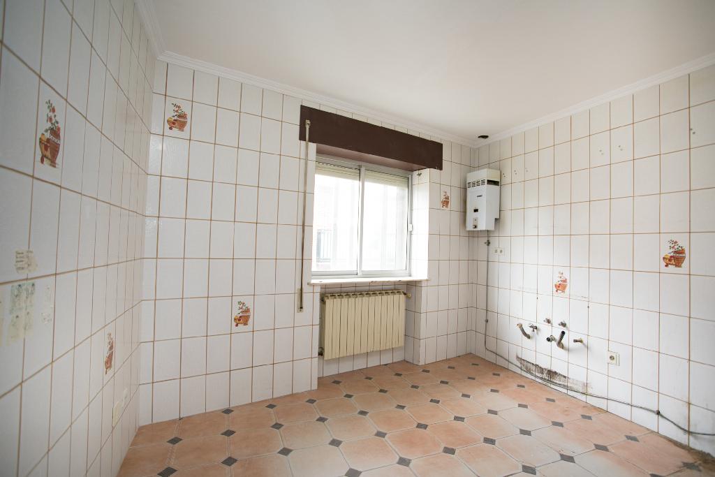 Piso en venta en Cigales, Valladolid, Calle la Union, 35.000 €, 3 habitaciones, 1 baño, 78 m2