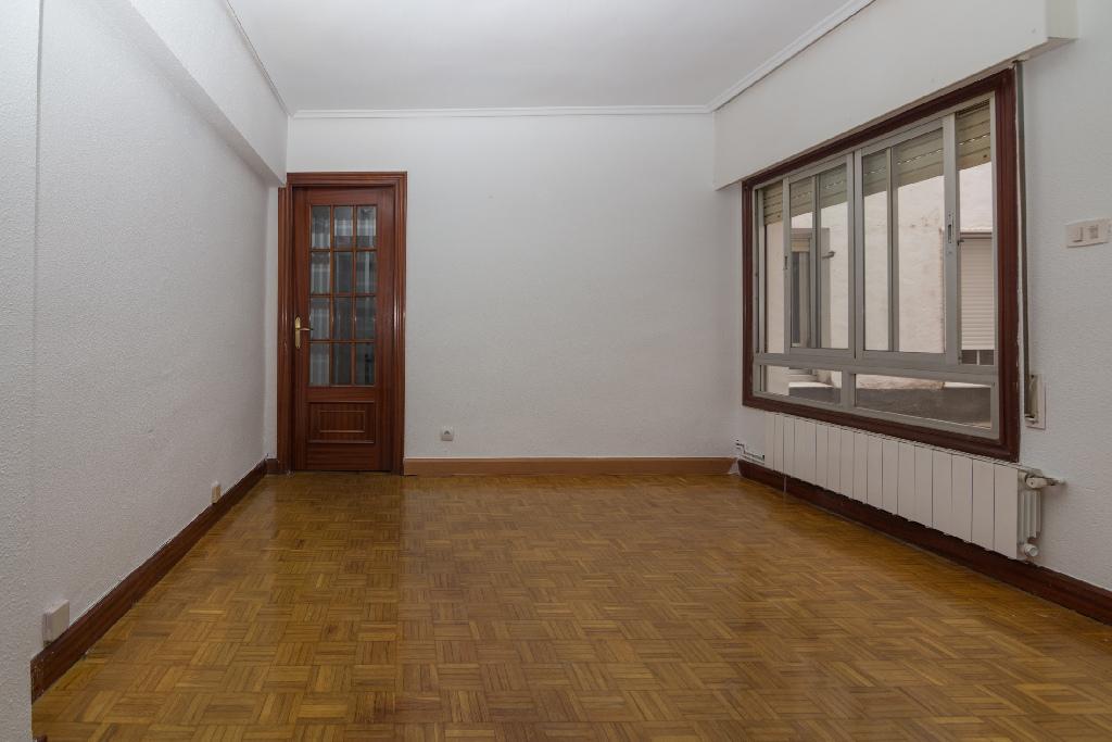 Piso en venta en Bilbao, Vizcaya, Calle Orixe, 152.500 €, 3 habitaciones, 1 baño, 65 m2