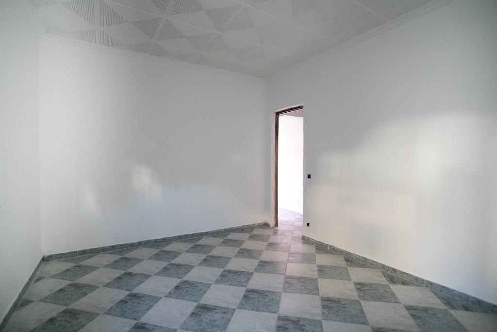 Casa en venta en Tarragona, Tarragona, Calle Francoli, 63.000 €, 4 habitaciones, 1 baño, 125 m2