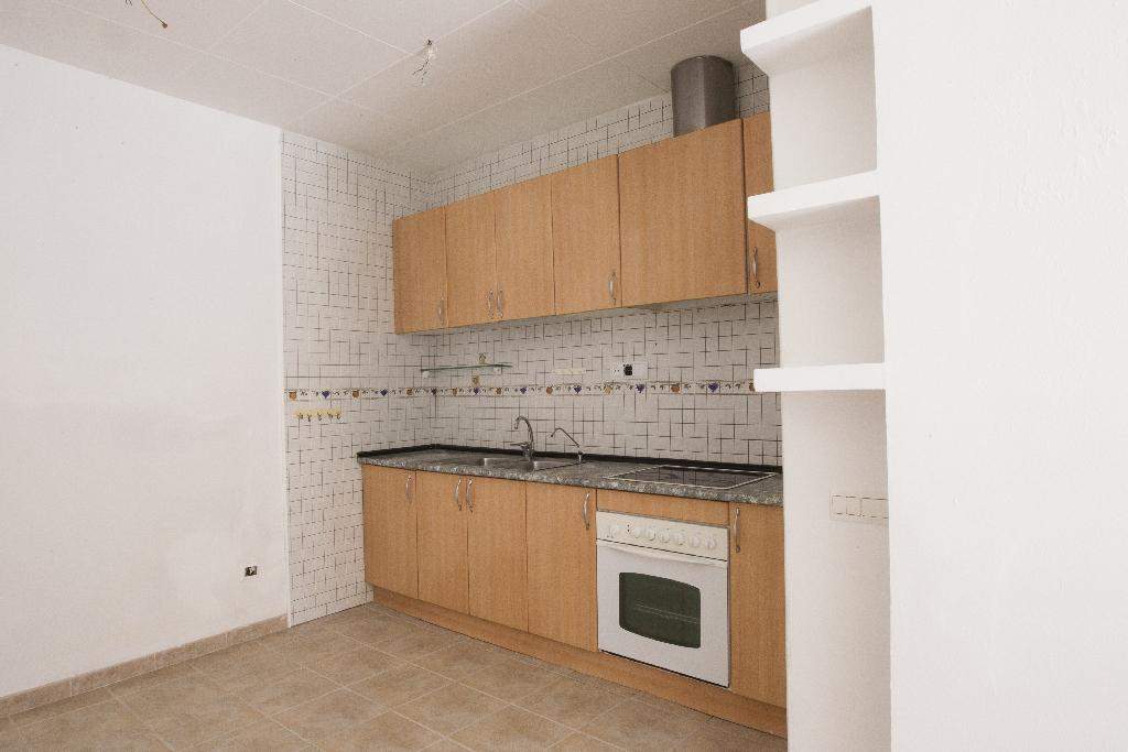 Casa en venta en Amposta, Tarragona, Calle San Justo, 31.500 €, 2 habitaciones, 1 baño, 105 m2