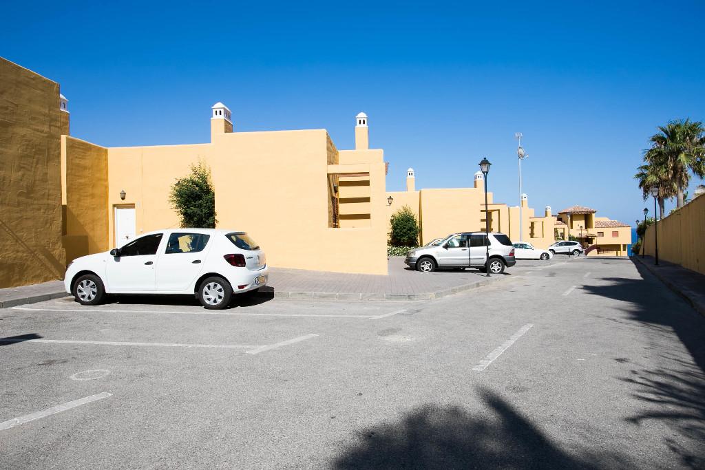 Parking en venta en Sabinillas, Manilva, Málaga, Urbanización Altos de la Princesa, 2.500 €, 19 m2