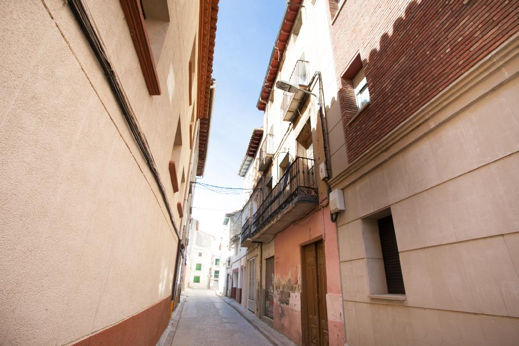 Piso en venta en Sariñena, Huesca, Calle Don Jose Fatas, 21.000 €, 3 habitaciones, 1 baño, 72 m2