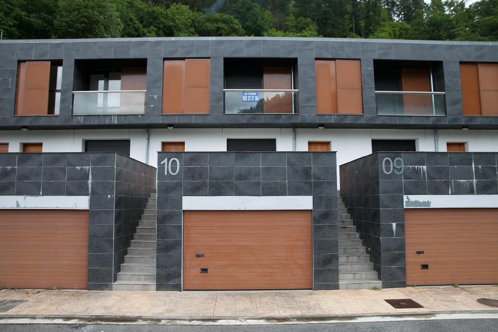 Casa en venta en Antzuola, Guipúzcoa, Calle Iruetxeta-sallabente, 185.000 €, 3 habitaciones, 4 baños, 143 m2