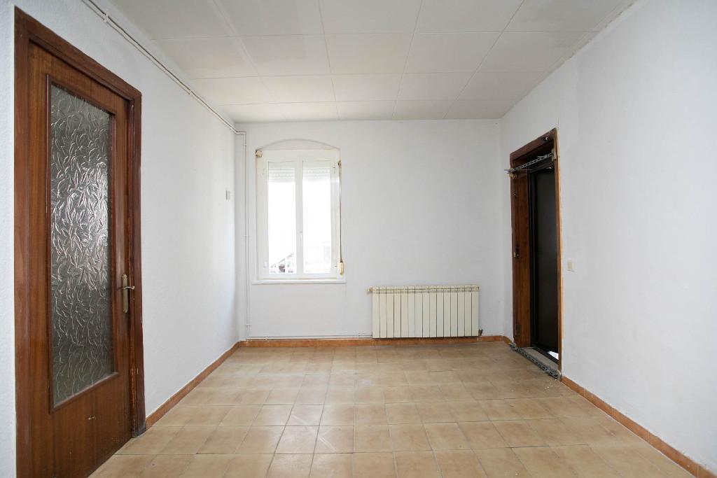 Piso en venta en Súria, Barcelona, Calle Les Flors, 47.000 €, 2 habitaciones, 1 baño, 68 m2