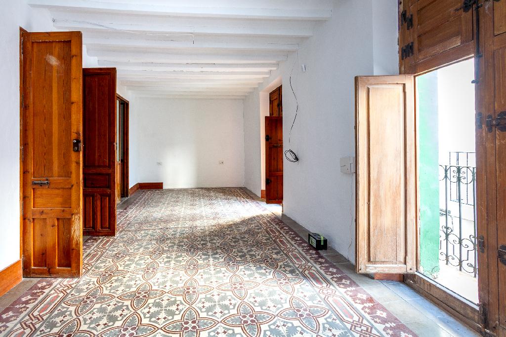 Casa en venta en Castalla, Alicante, Calle Mig, 72.000 €, 5 habitaciones, 2 baños, 318 m2