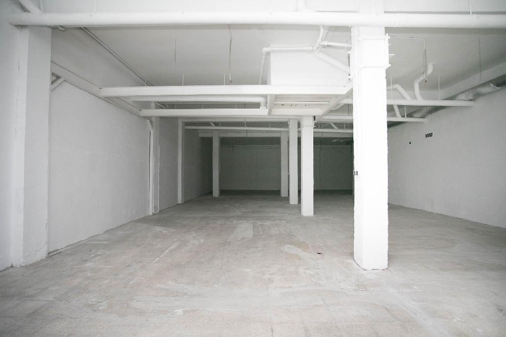 Local en venta en Zaragoza, Zaragoza, Calle Monasterio de Solesmes, 87.500 €, 390 m2