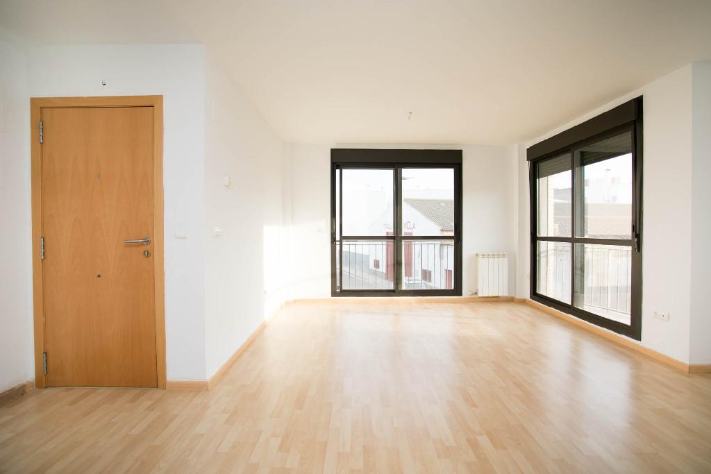 Piso en venta en Alagón, Zaragoza, Calle Portillo, 78.000 €, 2 habitaciones, 1 baño, 112 m2