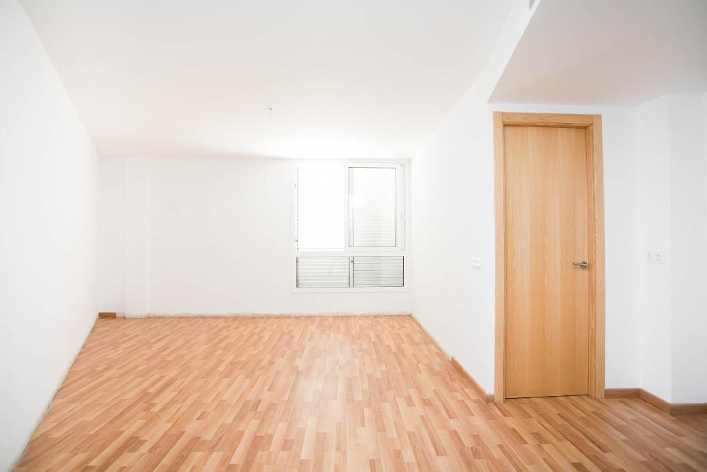 Piso en venta en Forallac, Girona, Avenida del Puig Negre, 72.000 €, 2 habitaciones, 1 baño, 63 m2