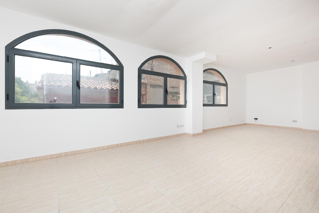 Piso en venta en Manresa, Barcelona, Calle Aiguader, 36.000 €, 1 habitación, 1 baño, 51 m2