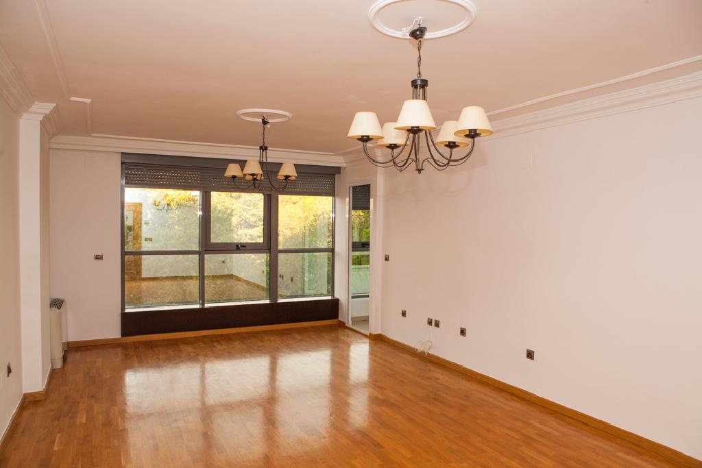 Piso en venta en Albacete, Albacete, Calle Leon, 206.000 €, 4 habitaciones, 1 baño, 152 m2