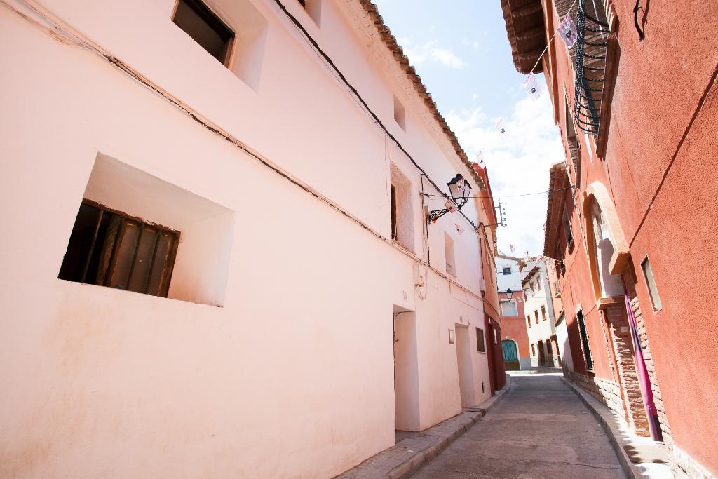 Casa en venta en Azuara, Zaragoza, Calle Nuestra Señora de la Piedad, 19.000 €, 6 habitaciones, 1 baño, 90 m2
