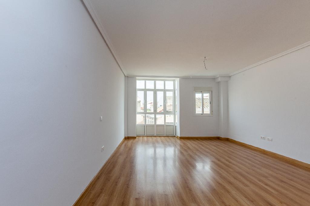 Piso en venta en Huércal-overa, Almería, Calle Alfarerias, 90.000 €, 3 habitaciones, 1 baño, 129 m2