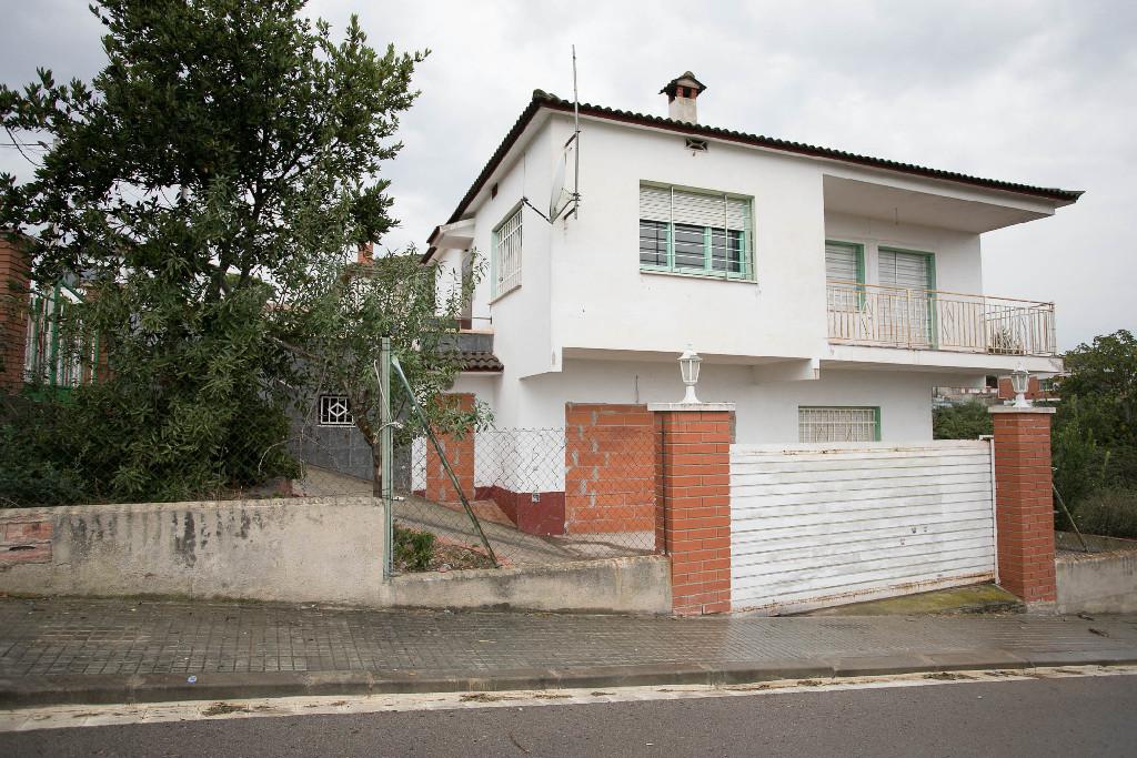 Casa en venta en Piera, Barcelona, Calle Mar, 145.000 €, 5 habitaciones, 2 baños, 150 m2