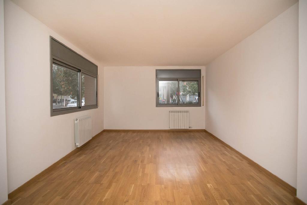 Piso en venta en Balaguer, Lleida, Calle la Plana, 70.500 €, 3 habitaciones, 2 baños, 106 m2