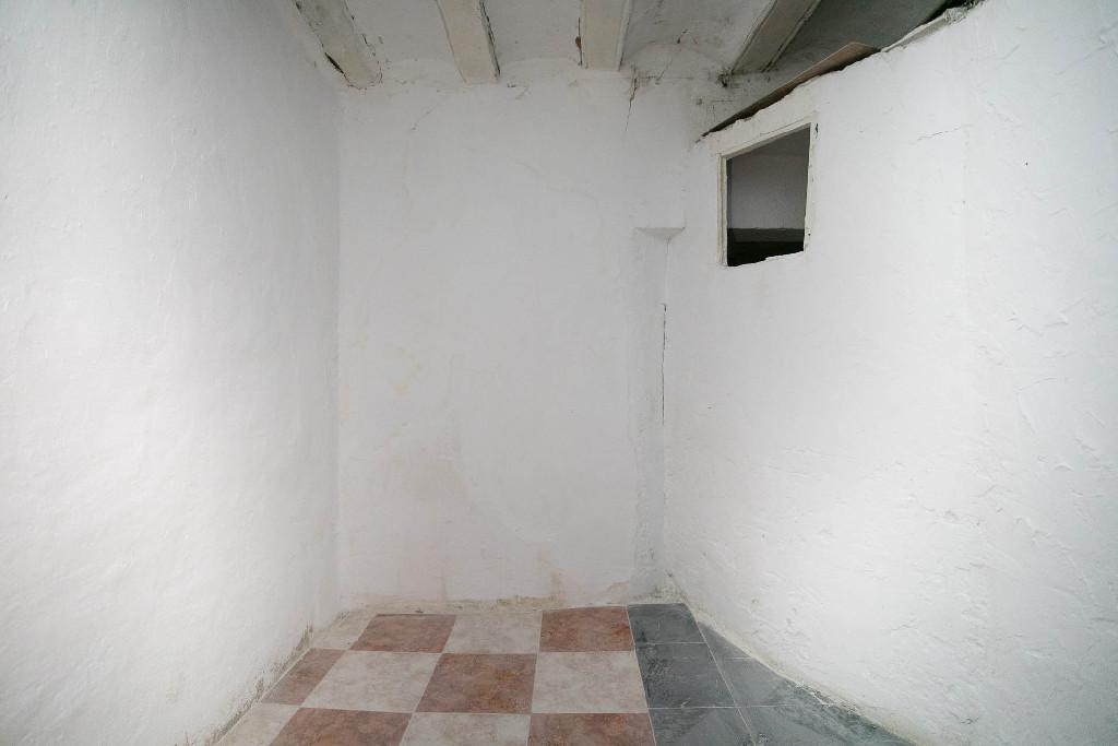 Piso en venta en Zaragoza, Zaragoza, Calle Barrioverde, 50.000 €, 3 habitaciones, 1 baño, 76 m2