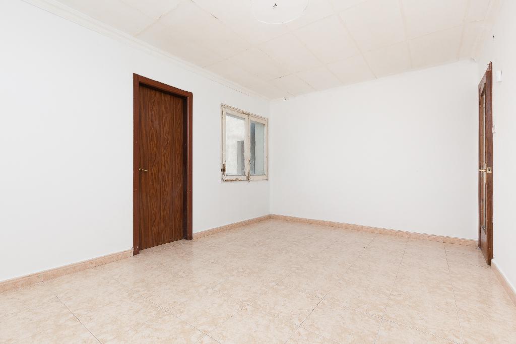 Piso en venta en Mollerussa, Lleida, Paseo de la Salle, 51.500 €, 4 habitaciones, 1 baño, 82 m2