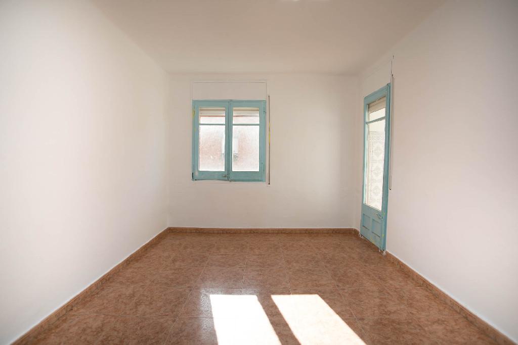 Piso en venta en Cervera, Lleida, Calle Estadi, 55.000 €, 3 habitaciones, 1 baño, 109 m2