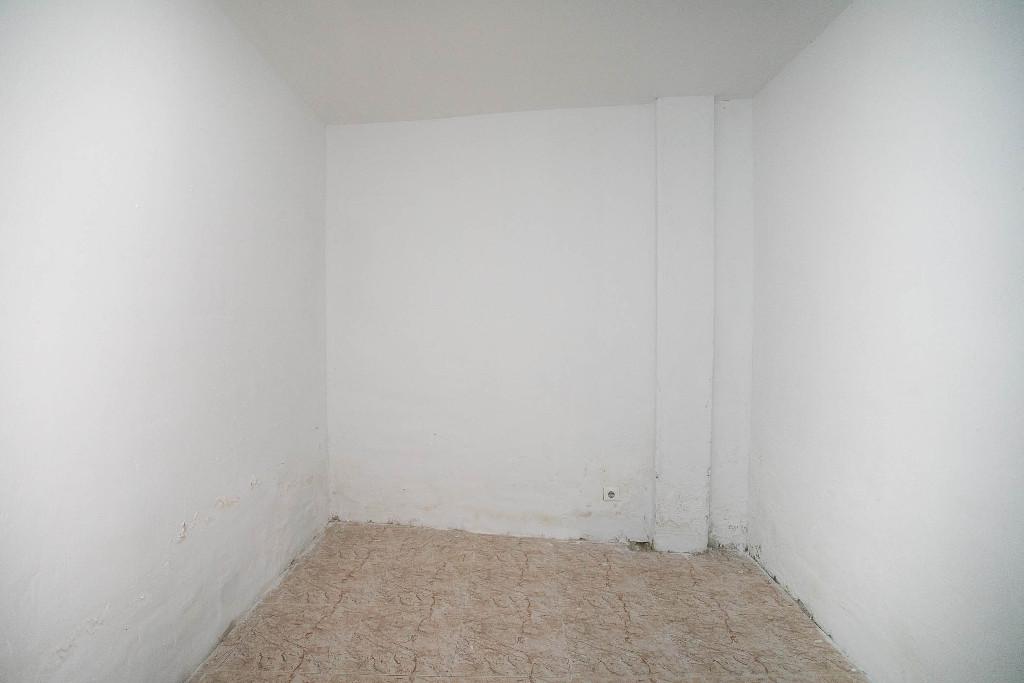 Casa en venta en Casa en Zaragoza, Zaragoza, 148.000 €, 2 habitaciones, 2 baños, 199 m2