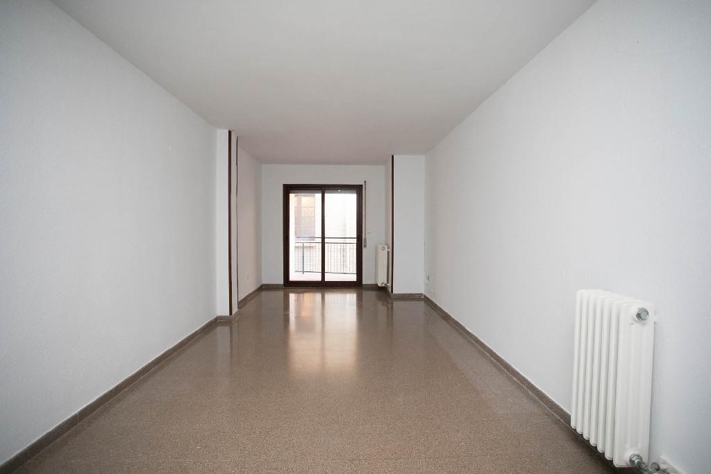 Piso en venta en Huesca, Huesca, Calle San Jorge, 157.000 €, 3 habitaciones, 2 baños, 115 m2