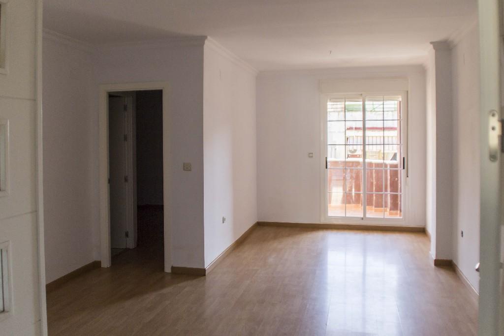 Piso en venta en Huelva, Huelva, Avenida Jose Fariñas, 120.000 €, 3 habitaciones, 2 baños, 136 m2